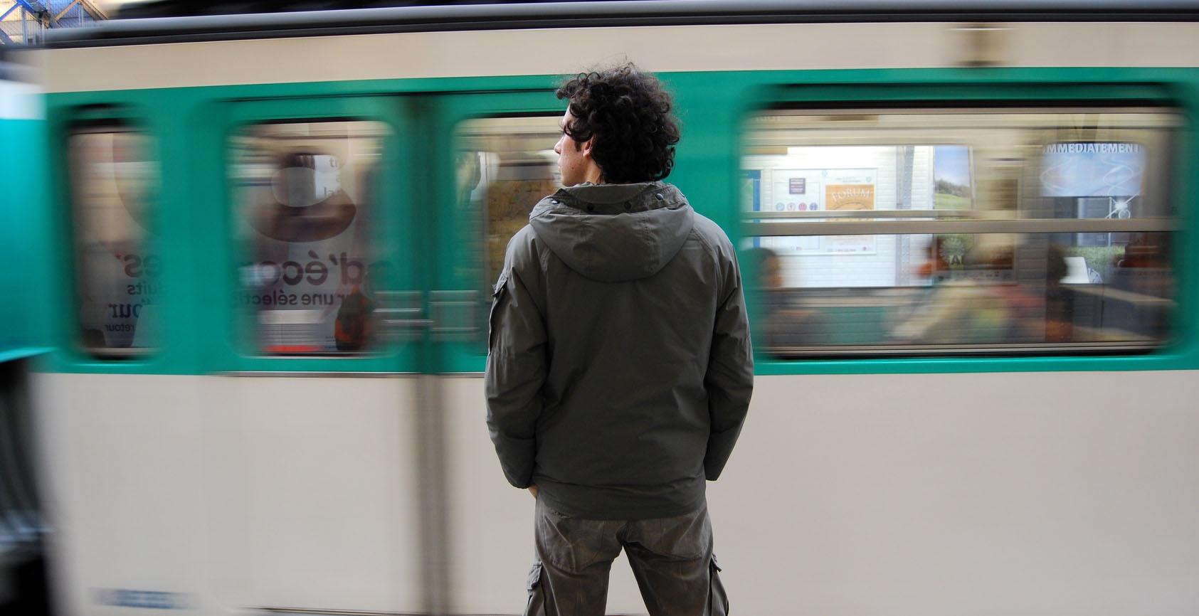 Balades poétiques dans le métro |